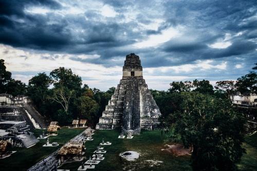 maya tikal pyramid -3