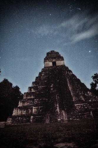 maya tikal pyramid -5